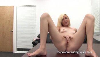 Brazilian whore fucked in a hotel room /99dates