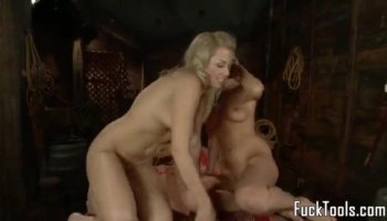 Darling is delighting chap with her dick riding