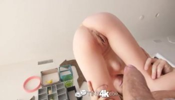 Brunette babe Sonia gets her pussy eaten by blonde girl Blue